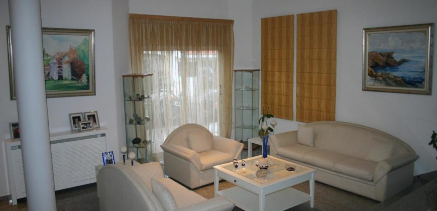 4 Bedroom Detached house for sale in Strovolos, Nicosia